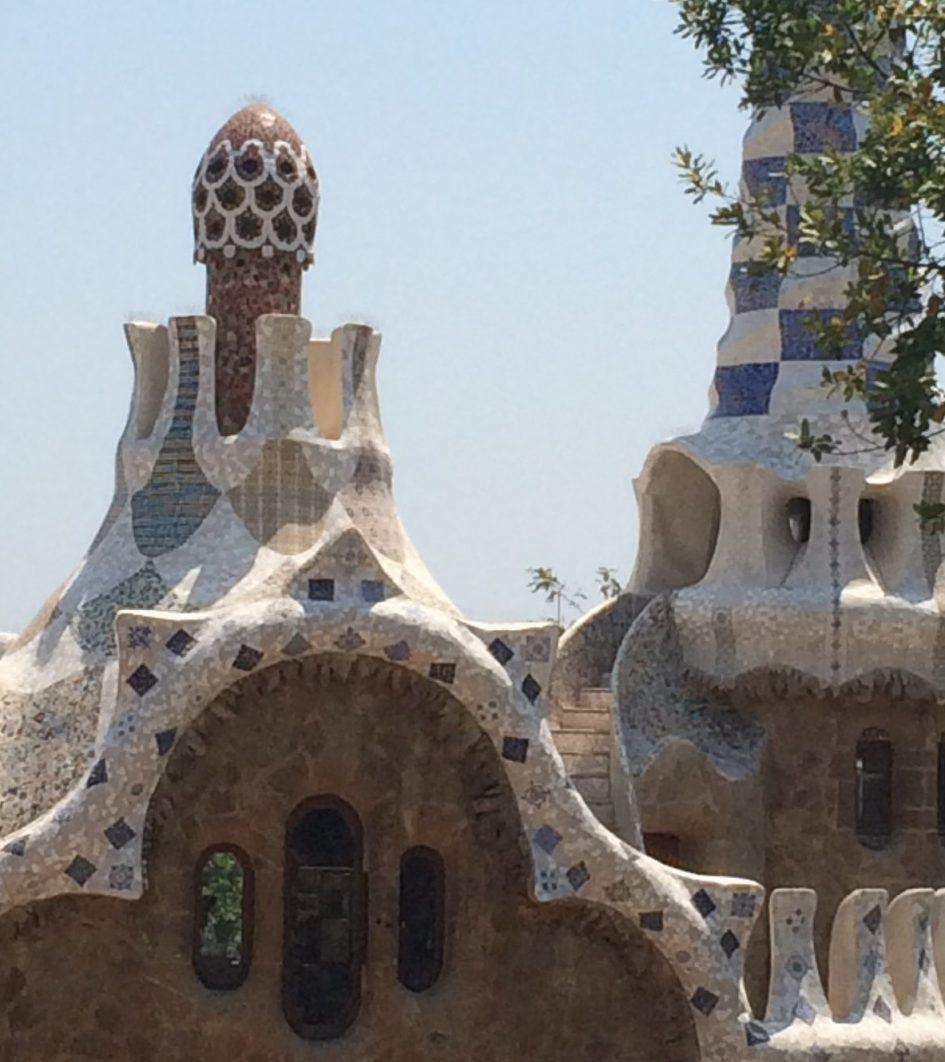 Die wunderschönen Häuser im Park Güell