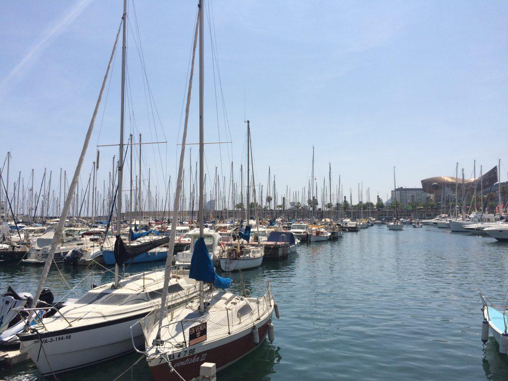 Yachten im Port Olympic, dem olympischen Hafen