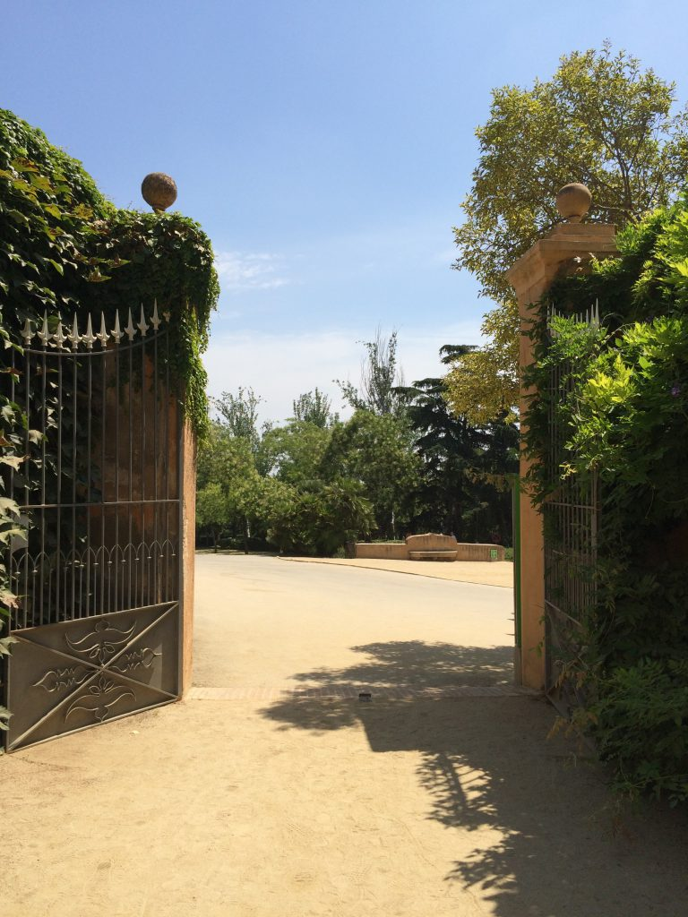 Schmiedeeisernes Tor zum Ausgang. Schön war's hier!