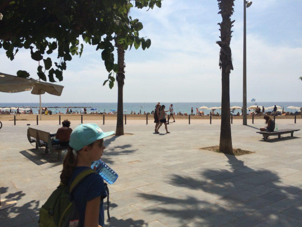 Angekommen: Die Promenade vonBarcelonas Strand