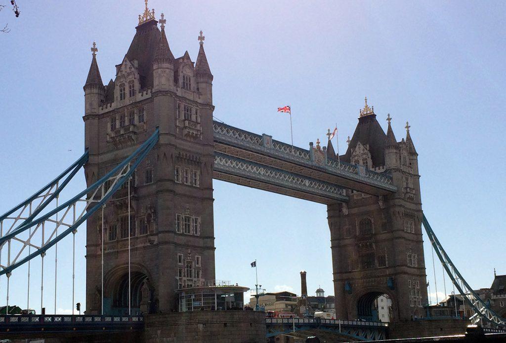 Ein echter Hingucker: Die Tower Bridge in London.