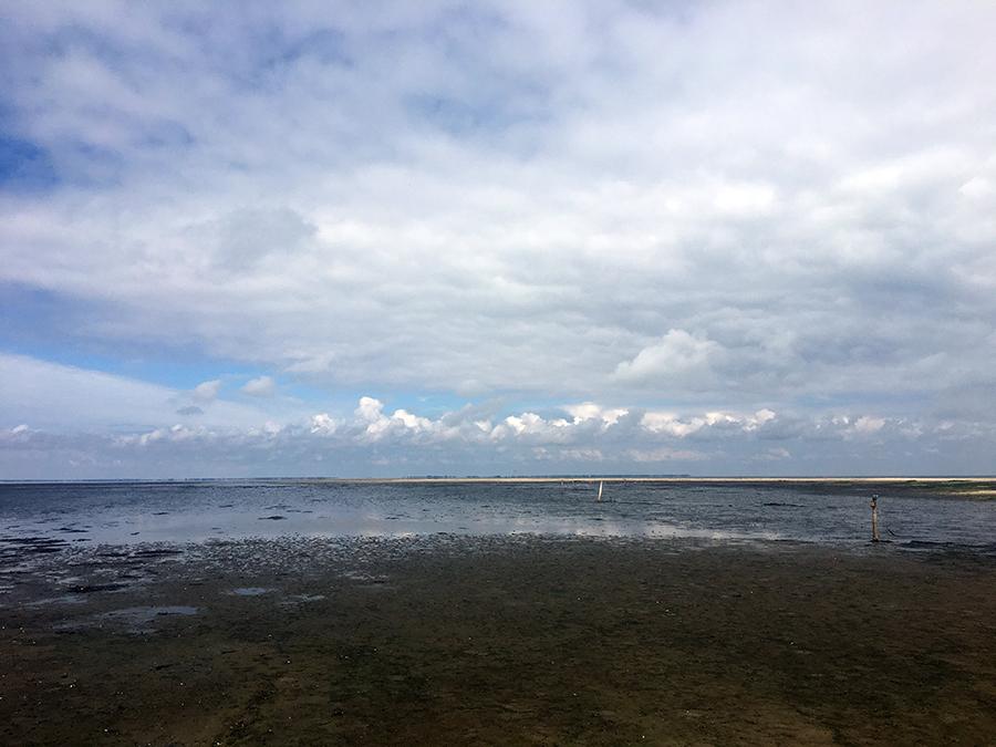 Niedrigwasser im Wattenmeer.