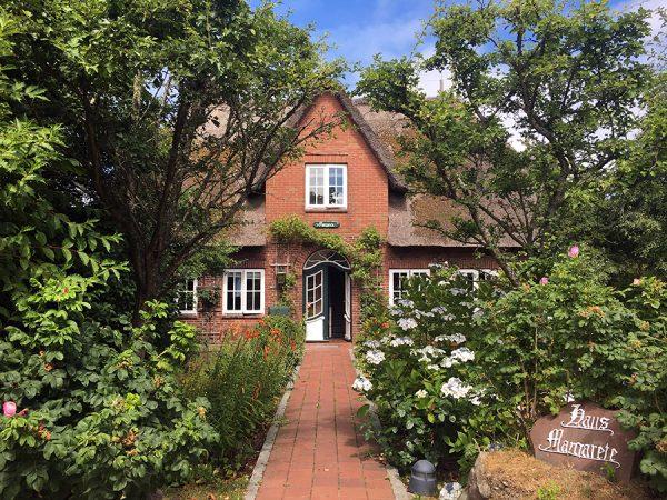 Das Haus Margarete in Kampen. Hier habe ich als Kind alle Ferien verbracht, und auch heute noch kann man sich in der Pension Zimmer mieten.