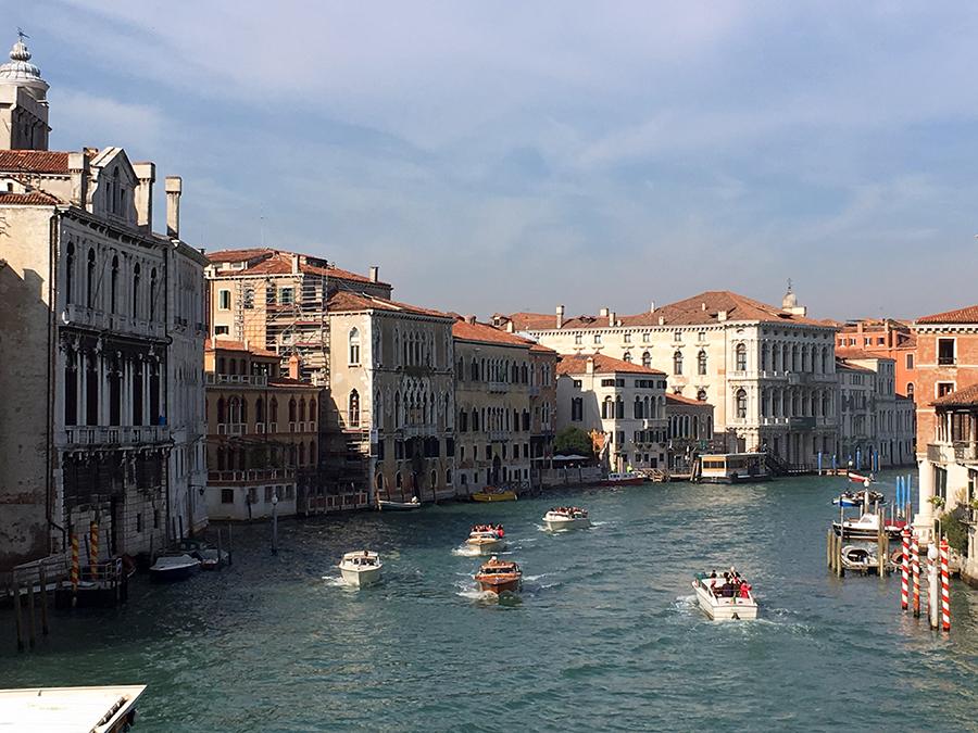 Immer was los auf dem Canale Grande.