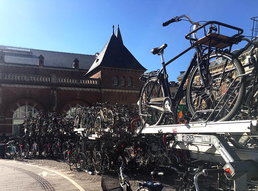 Fahrräder, Fahrräder, nichts als Fahrräder!