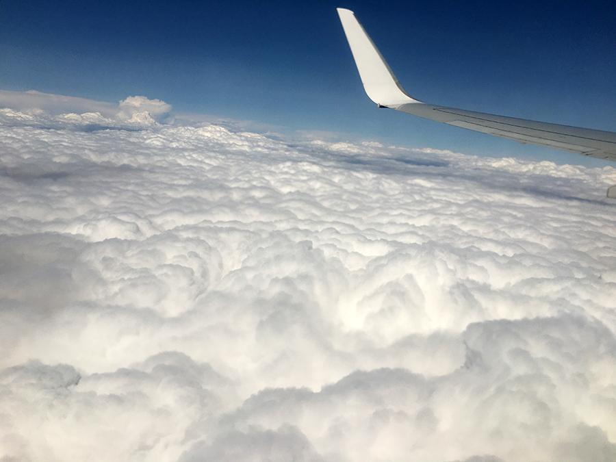 Über den Wolken... im Anflug auf Kopenhagen.