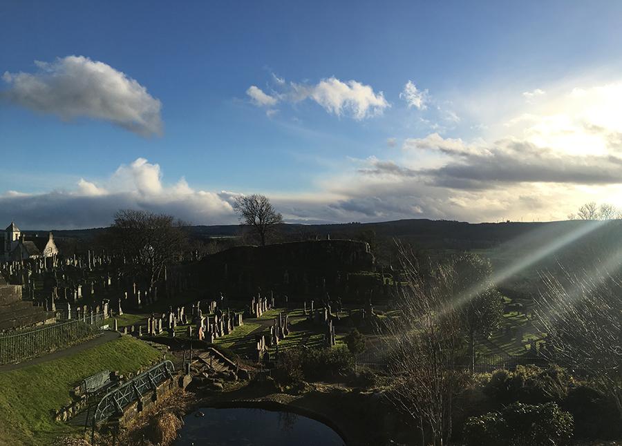 Kann ein Friedhof eigentlich auch malerisch sein?