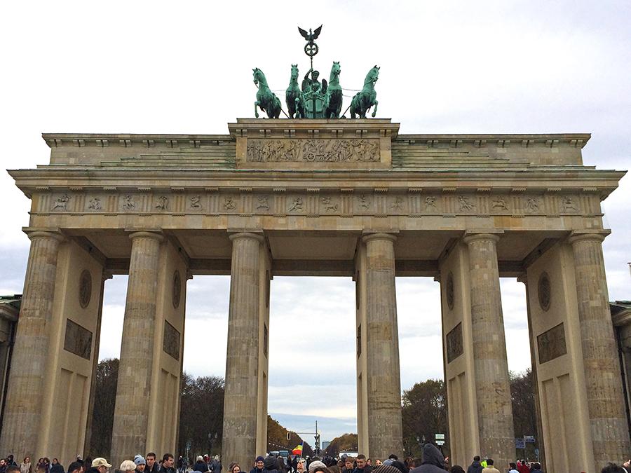 Das Brandenburger Tor ist das einzige erhaltene von ehemals 18 Stadttoren in Berlin.