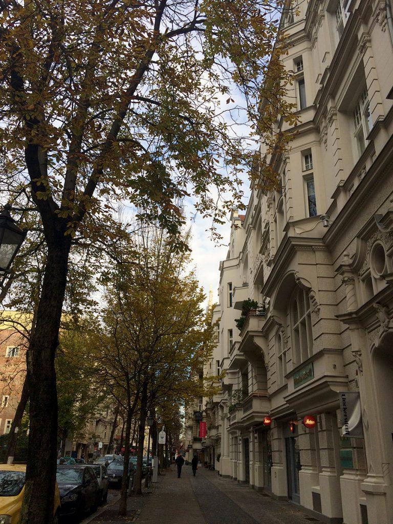 Die Fasanenstraße in Berlin - bekannt als ehemalige Luxusmeile und über die Jahre das Zuhause vieler Dichter, Denker und Künstler.