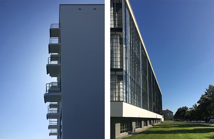 """Links die Balkone des Studentenwohnheims """"im Profil"""", rechts die berühmte 'hängende Glasfassade' auf der anderen Seite."""
