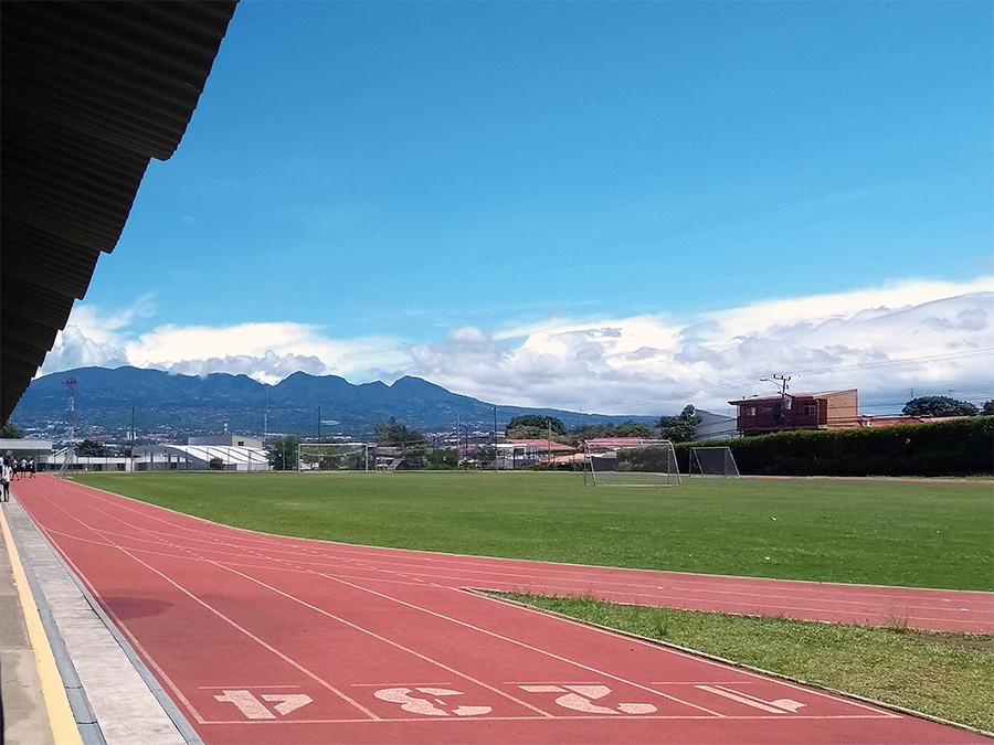Sportplatz an einer privaten Schule in San José.