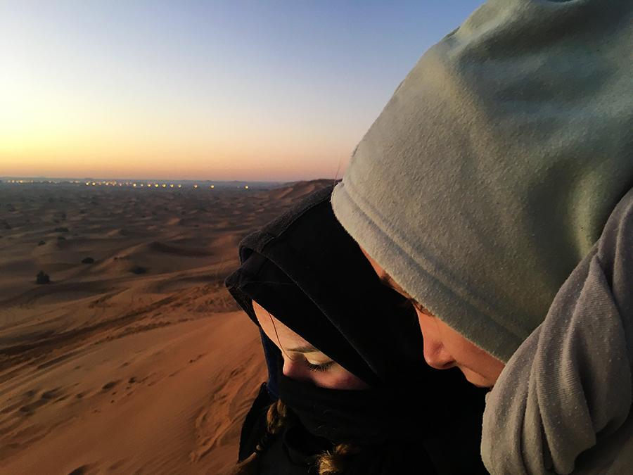 ... und auch ein Foto von den Mädchen, jetzt auch Beduinen.