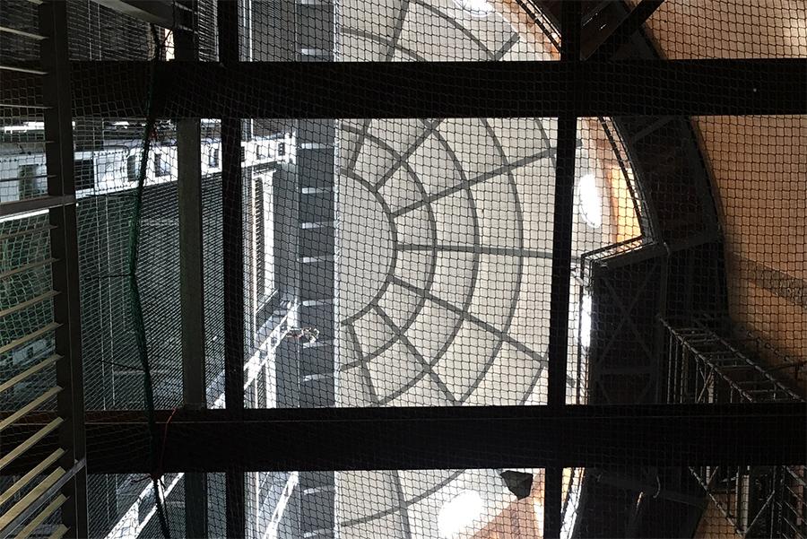 Blick vom Tunnelgrund hinauf zur Nordkuppel.