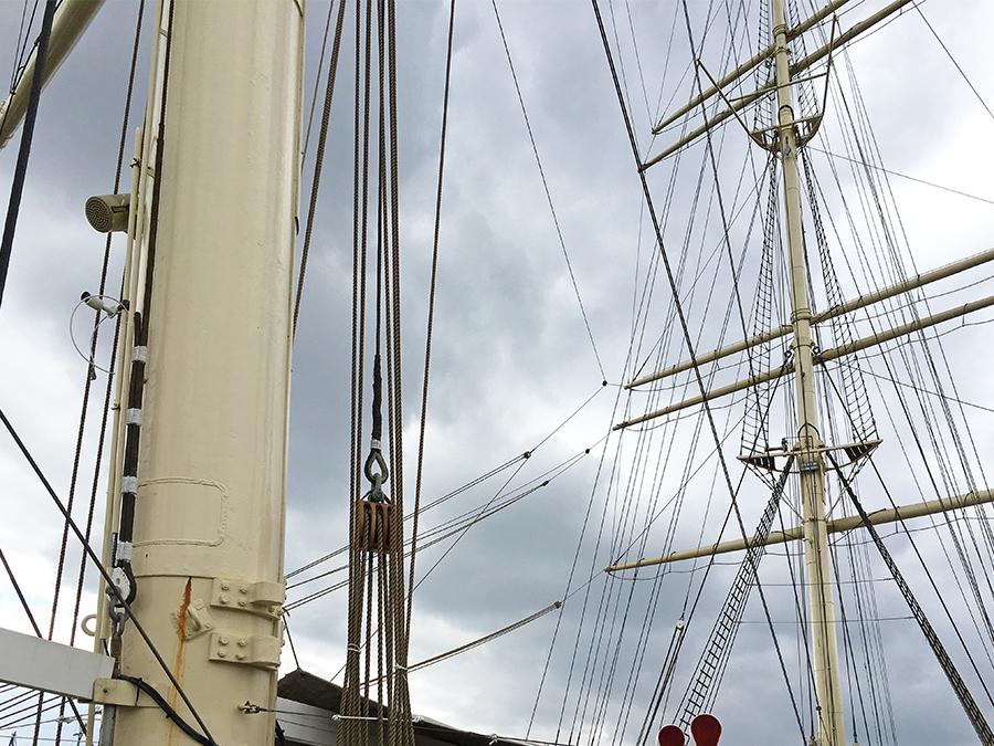 Gut 50 Meter hoch ist der höchste Mast, wow!