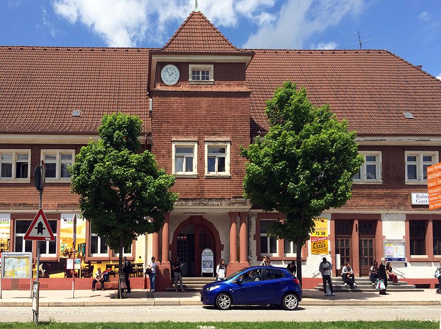 Der Bahnhof in Titisee.