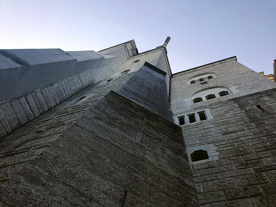 Einmal anfassen, das Schloss Neuschwanstein... tapp!