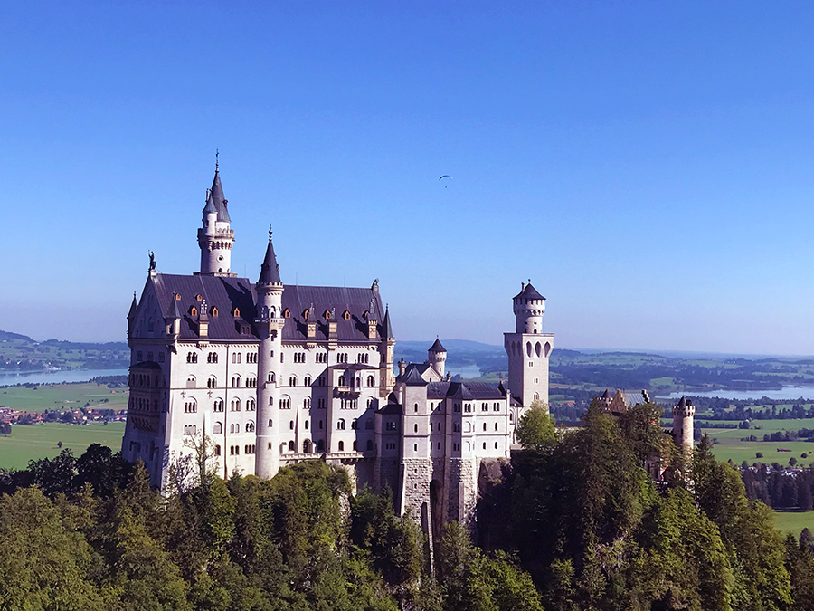 Das Schloss Neuschwanstein, eine der berühmtesten Sehenswürdigkeiten auf der ganzen Welt.