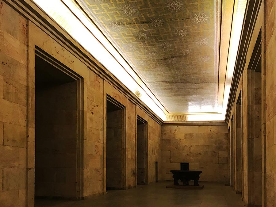 """Eine völlig unwirkliche Atmosphäre hier im """"Goldenen Saal""""."""