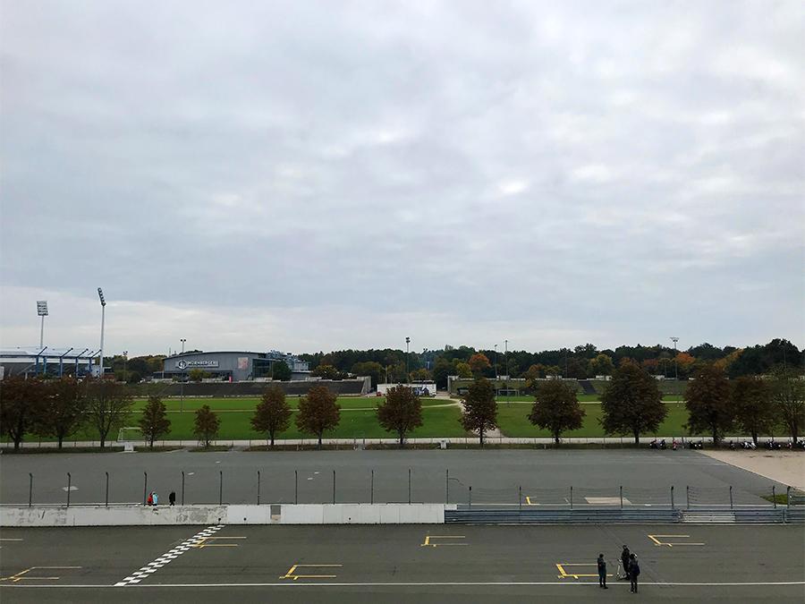 Heute ist es ruhig auf dem Zeppelinfeld.