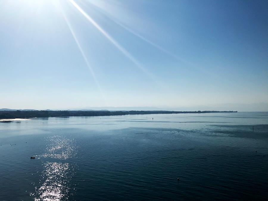Ein Stück weiter am Ufer entlang herrscht noch friedliche Idylle.