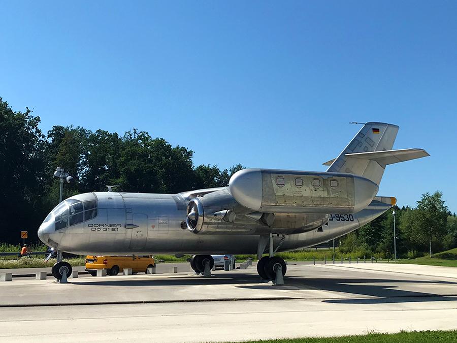Was sind das für beeindruckende Flugmaschinen! Wahnsinn, die mal so aus der Nähe zu sehen.