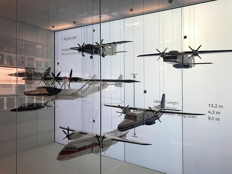 Und immer wieder faszinierende Modelle, die die stetigen Neuerungen, Weltrekorde und Patente von Dornier verbildlichen.